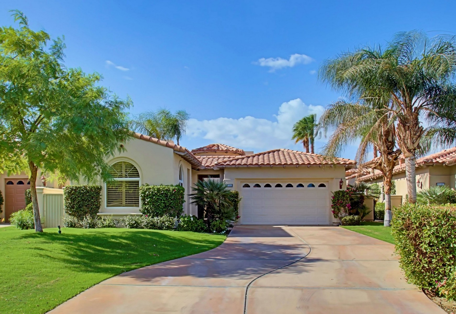Single Family Home for Sale at 49849 Via Conquistador La Quinta, California 92253 United States