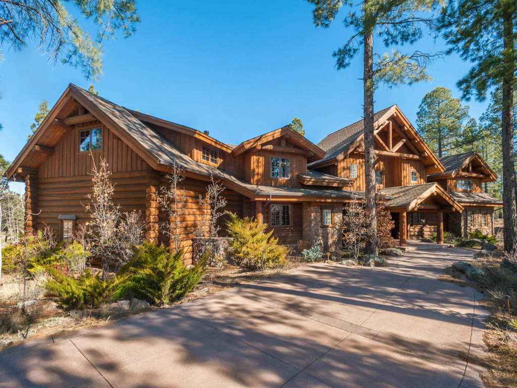 Single Family Home for Sale at Magnificent Luxury Log Retreat 2892 Andrew Douglass Flagstaff, Arizona, 86005 United States