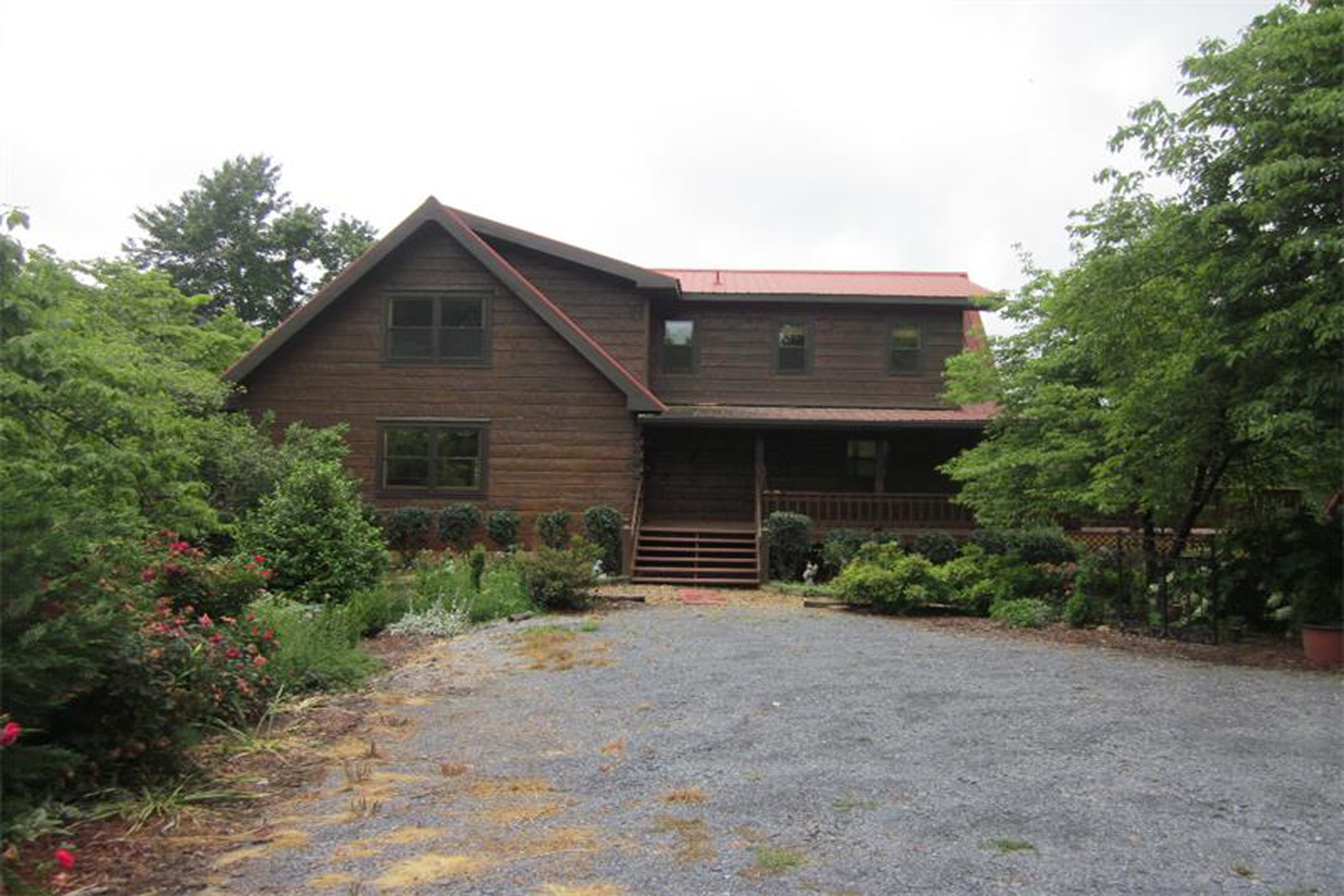 Eensgezinswoning voor Verkoop een t Secluded Log Cabin Retreat On 32+- Acres 619 Family Acres Lane Ranger, Georgië 30734 Verenigde Staten