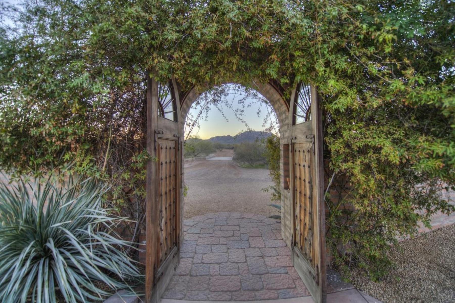 Casa Unifamiliar por un Venta en 40 Acre 4 Peaks Ranch 32528 N 144th Street Scottsdale, Arizona 85262 Estados Unidos