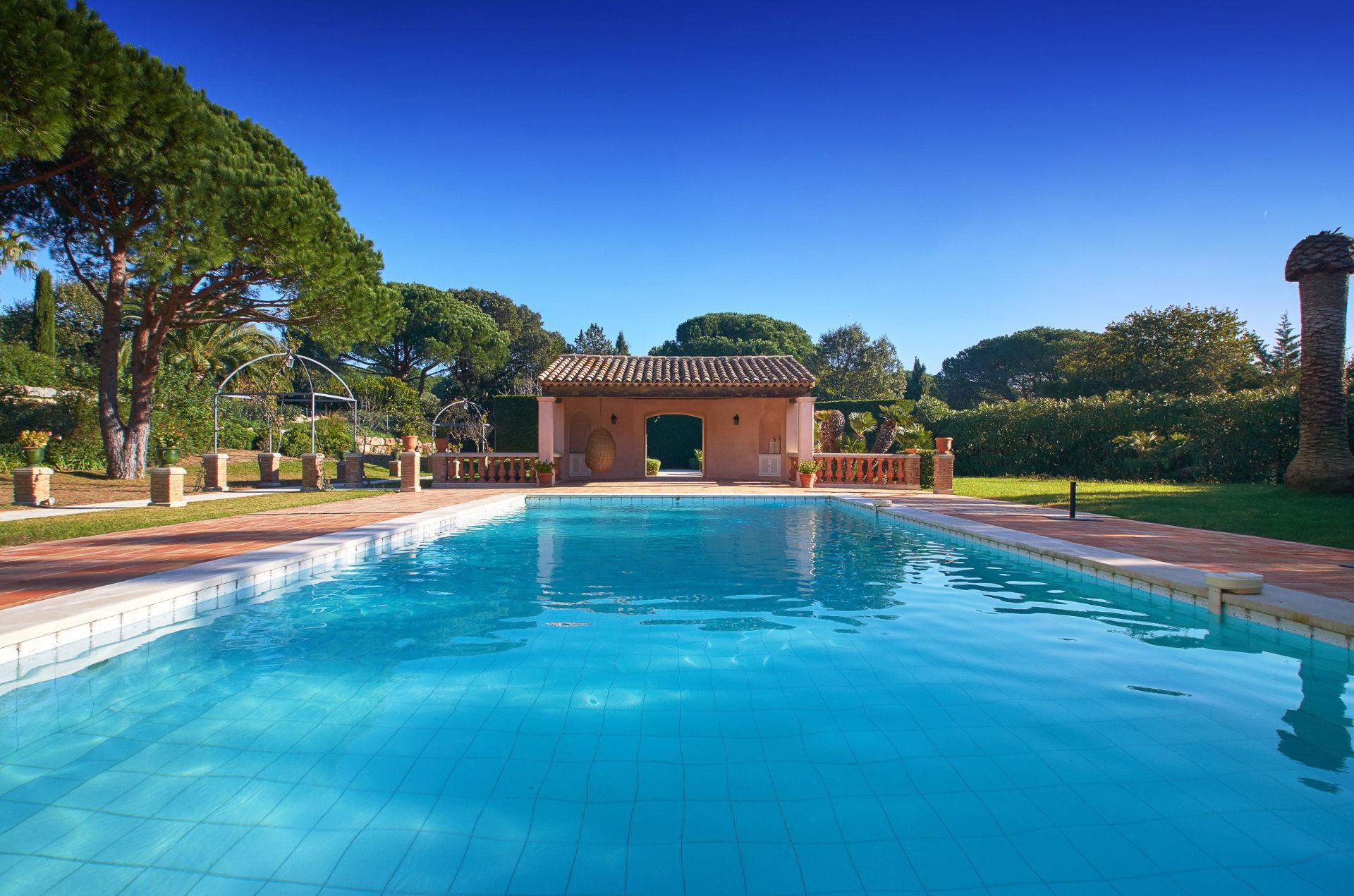 Property Of Provencal Bastide, Les Parcs de Saint tropez