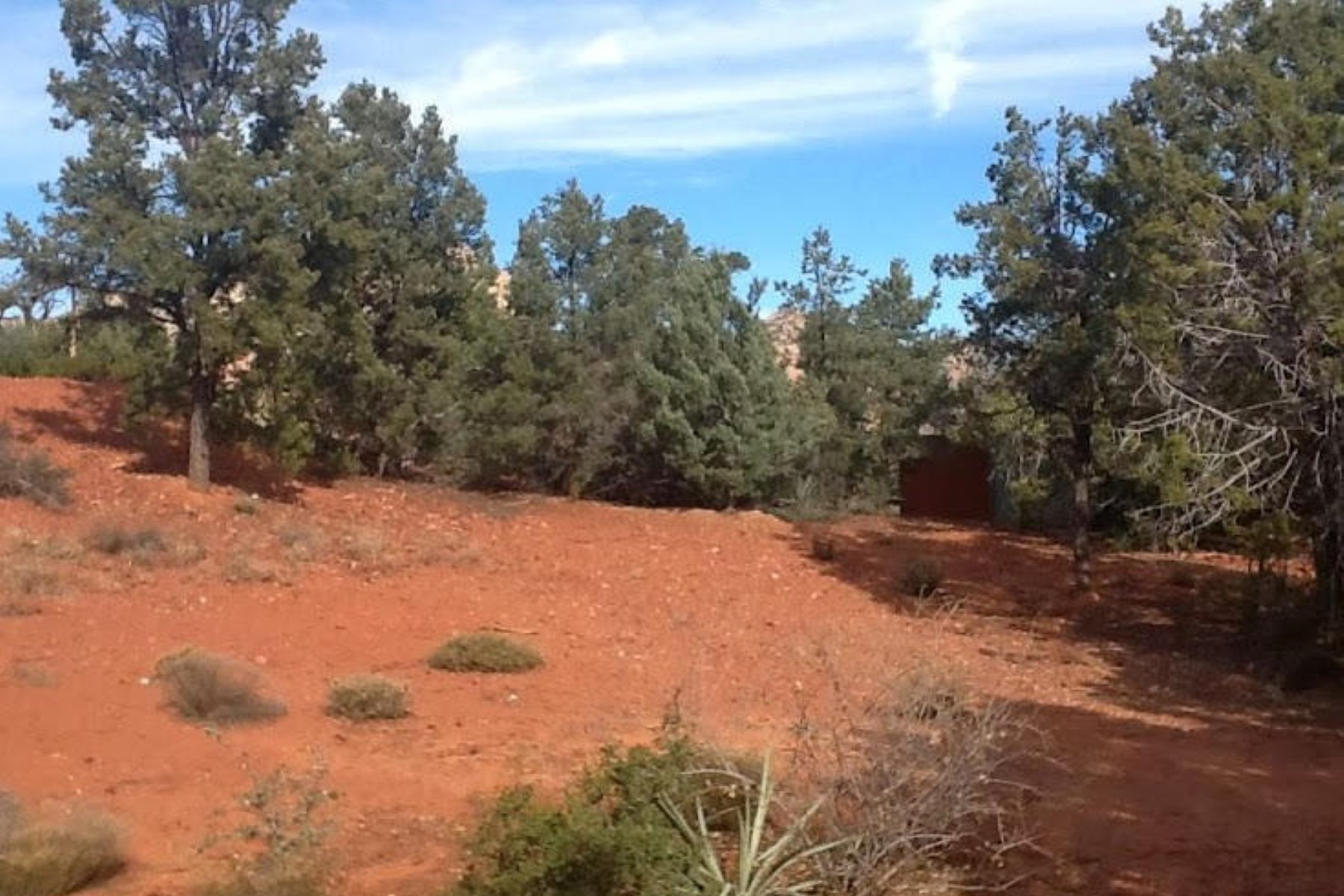 Land for Sale at Centrally located in West Sedona on 0.19ac cornet lot. 2390 Roadrunner Rd Sedona, Arizona 86336 United States