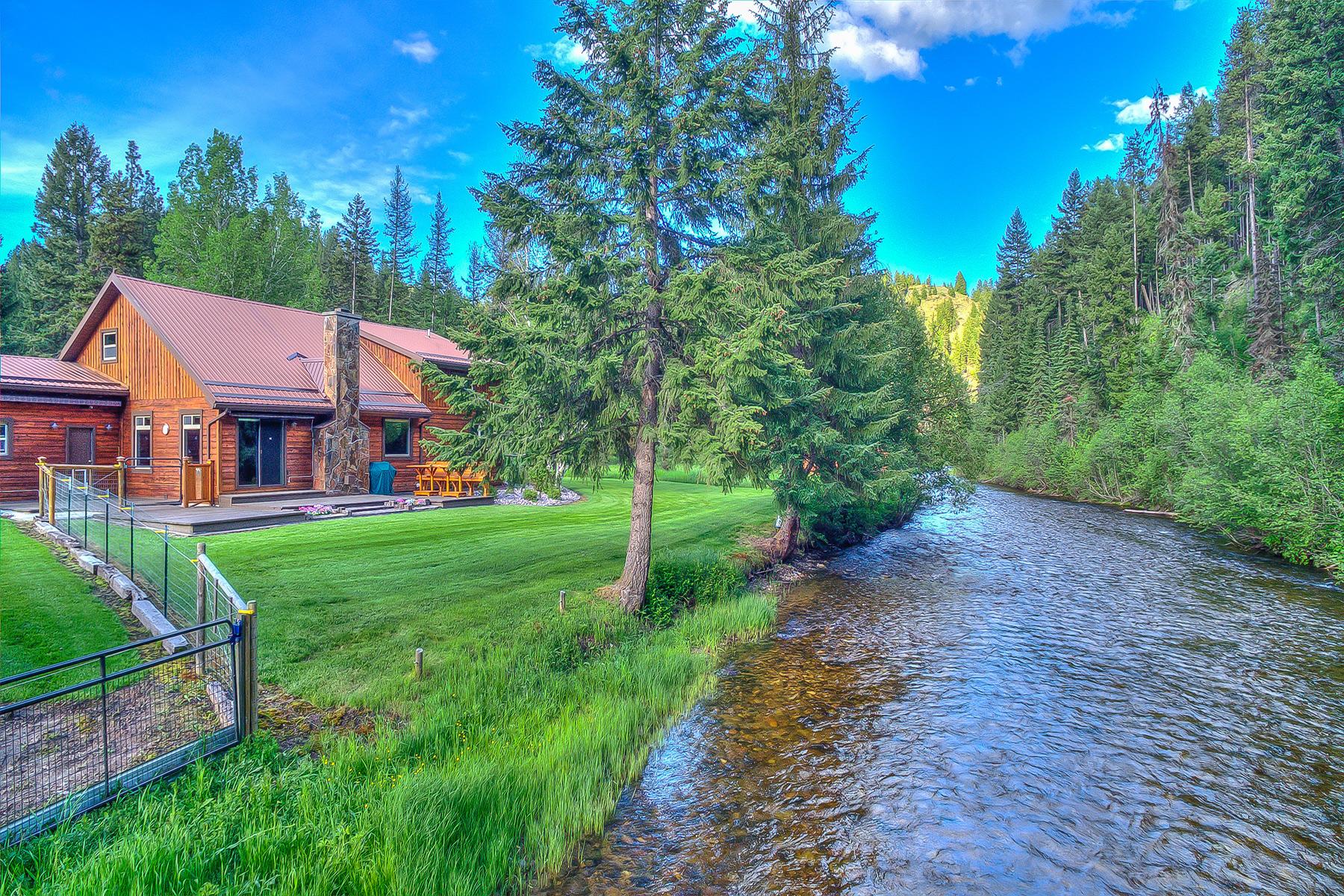 Casa para uma família para Venda às 28225 Hwy 12 W Lolo, Montana 59847 Estados Unidos
