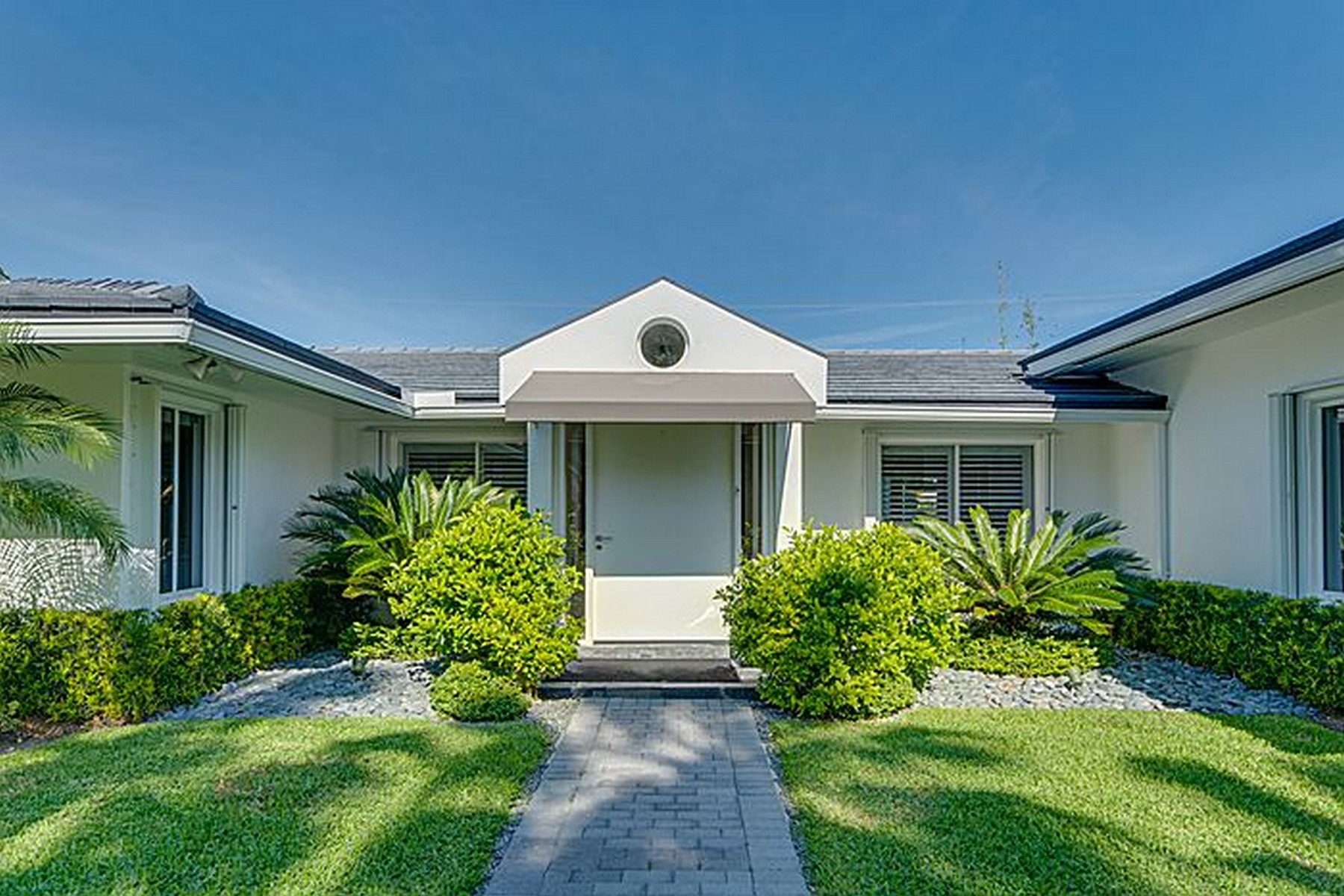 Single Family Home for Sale at 181 Island DR Key Biscayne, Florida 33149 United States