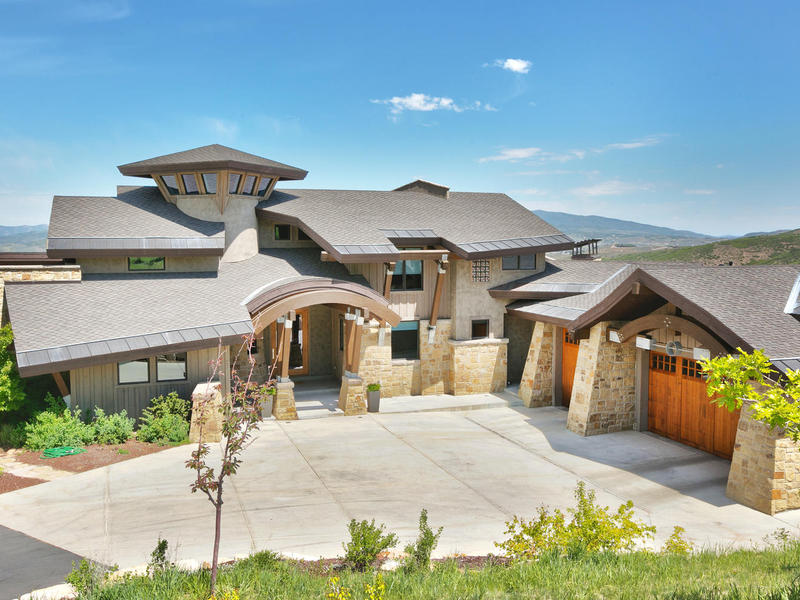 Moradia para Venda às Modern Living with a Cozy Park City Feel 25 Marilyn Ct Park City, Utah 84060 Estados Unidos