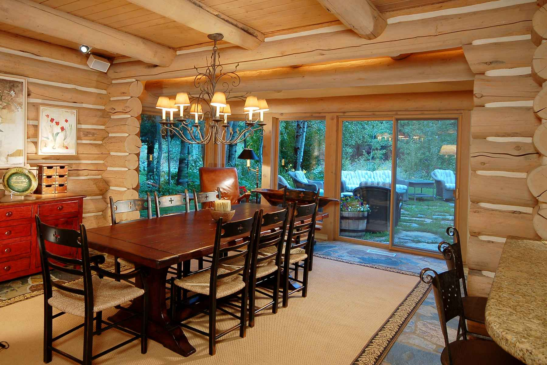 Additional photo for property listing at Sweet Irene 130 Irene St. 凯彻姆, 爱达荷州 83340 美国