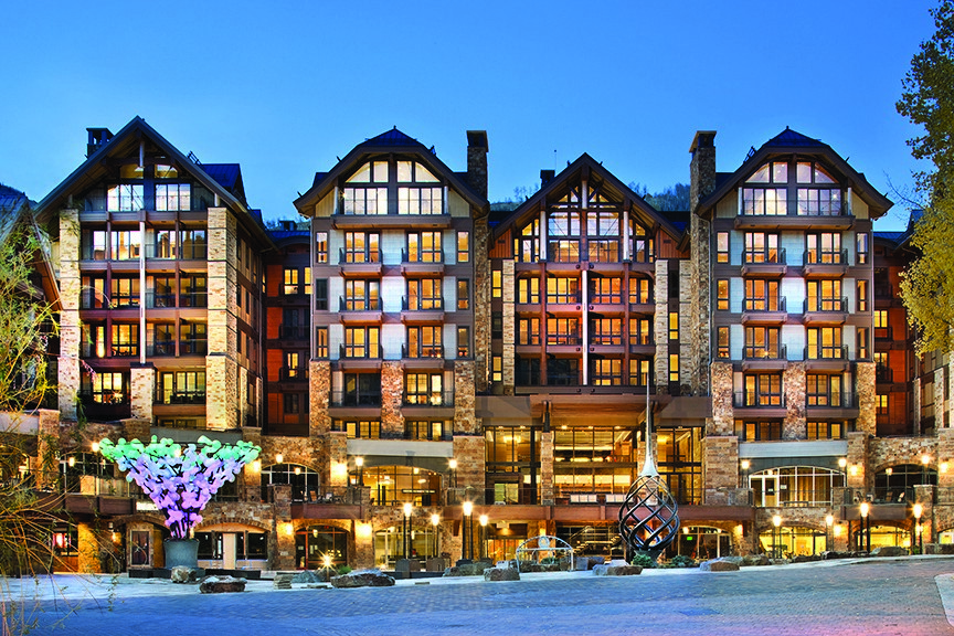 콘도미니엄 용 매매 에 Magnificent Solaris Penthouse 141 E. Meadow Drive #PHE Vail, 콜로라도 81657 미국
