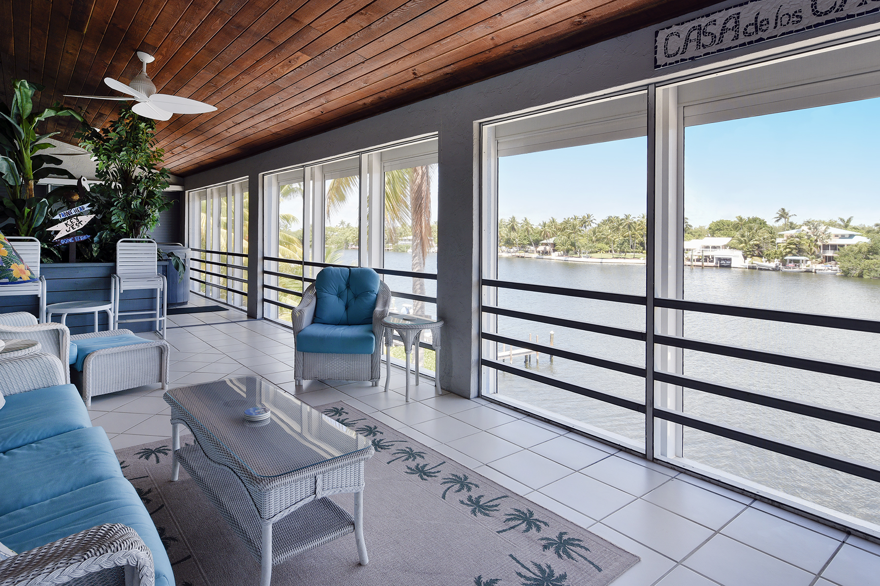 Additional photo for property listing at Desirable Sandglass Unit 74980 Overseas Highway #4 Islamorada, Florida 33036 Amerika Birleşik Devletleri
