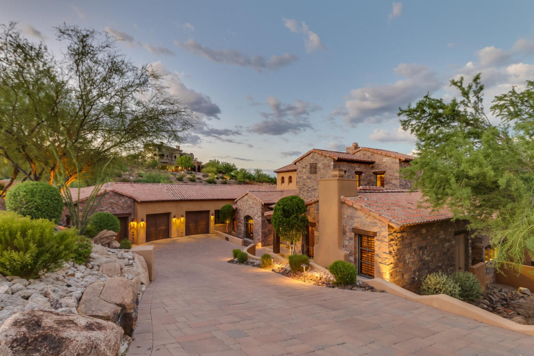 Single Family Home for Sale at Meticulous estate is nestled within coveted FireRock Country Club 9205 N Fireridge Trl Fountain Hills, Arizona, 85268 United States