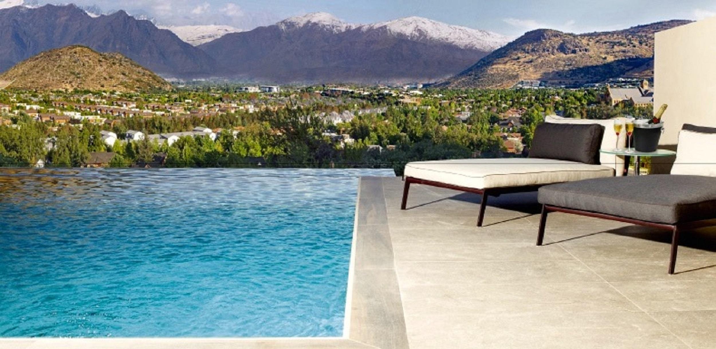por un Venta en Exclusivo Penthouse Golf de Manquehue Santiago, Santiago, 7701111 Chile