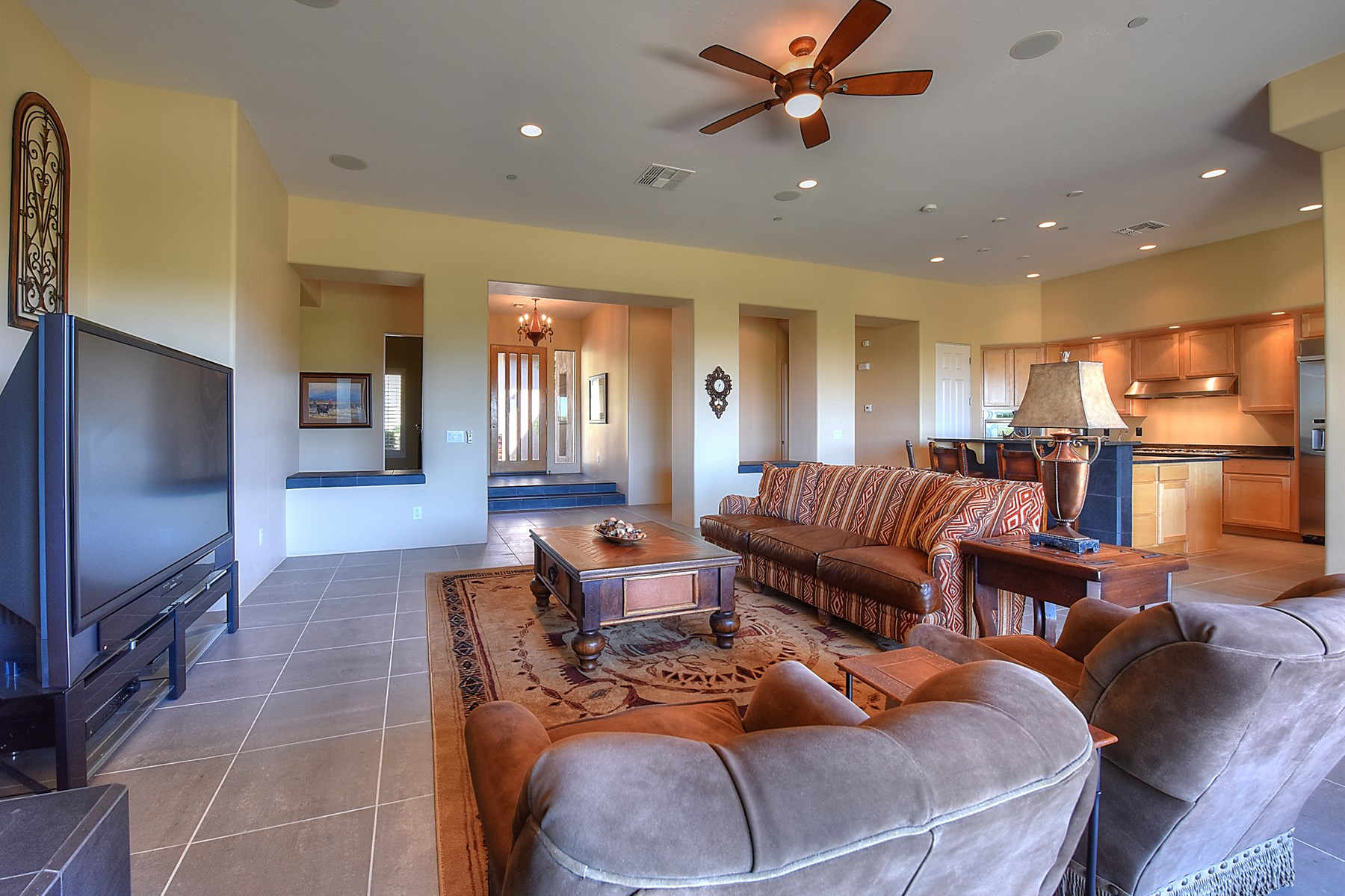タウンハウス のために 売買 アット Elevated hillside setting of this Tusayan villa in Troon Village 24652 N 109th Pl Scottsdale, アリゾナ, 85255 アメリカ合衆国