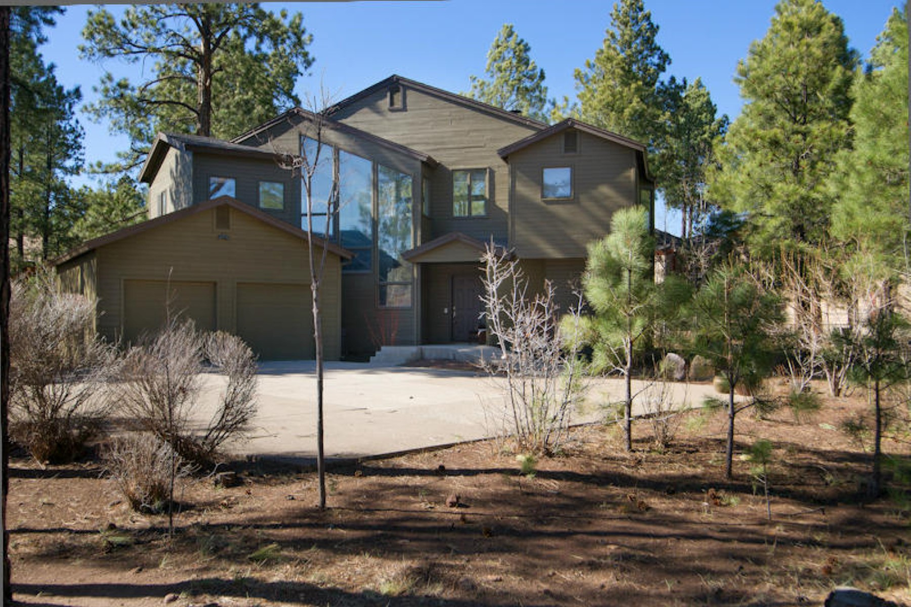 Vivienda unifamiliar por un Venta en charming home has great ''Bones'' and just needs some cosmetic updating 3515 Doc Raymond Flagstaff, Arizona 86001 Estados Unidos