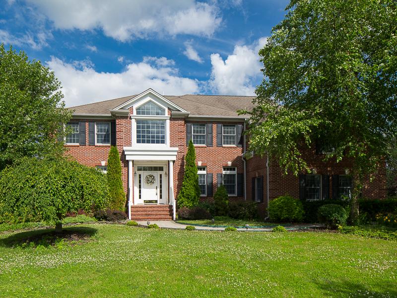 独户住宅 为 销售 在 Custom Designed And Finished - Hopewell Township 9 Madaket Lane Pennington, 新泽西州 08534 美国