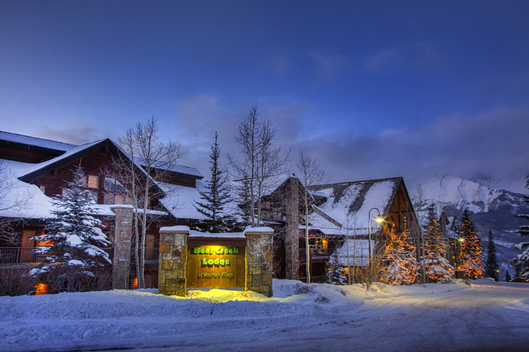 Condominio per Vendita alle ore Bear Creek Lodge, Unit 305 135 San Joaquin Road, Unit 305 Telluride, Colorado, 81435 Stati Uniti