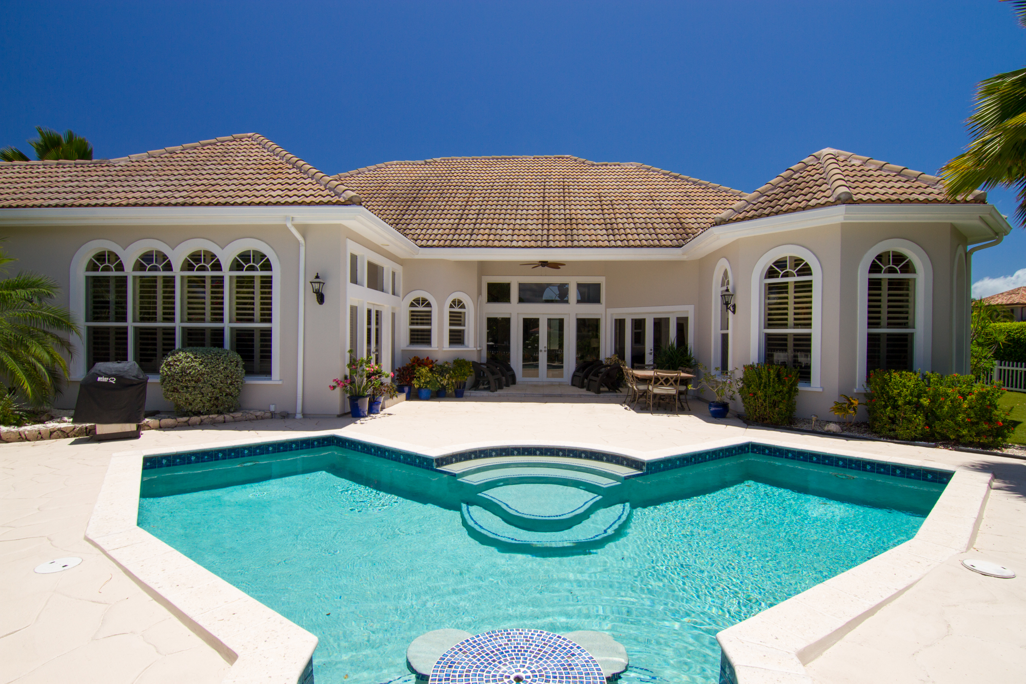Single Family Home for Sale at Villa Paradiso Crystal Dr Crystal Harbour, KY1 Cayman Islands