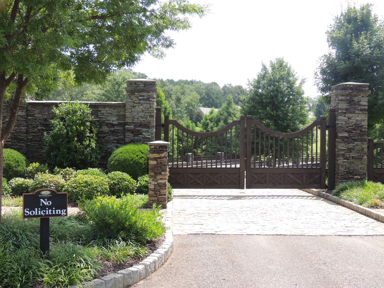 Terrain pour l Vente à Gated Estate Homesite 116 Woodhaven Lane Ball Ground, Georgia, 30107 États-Unis