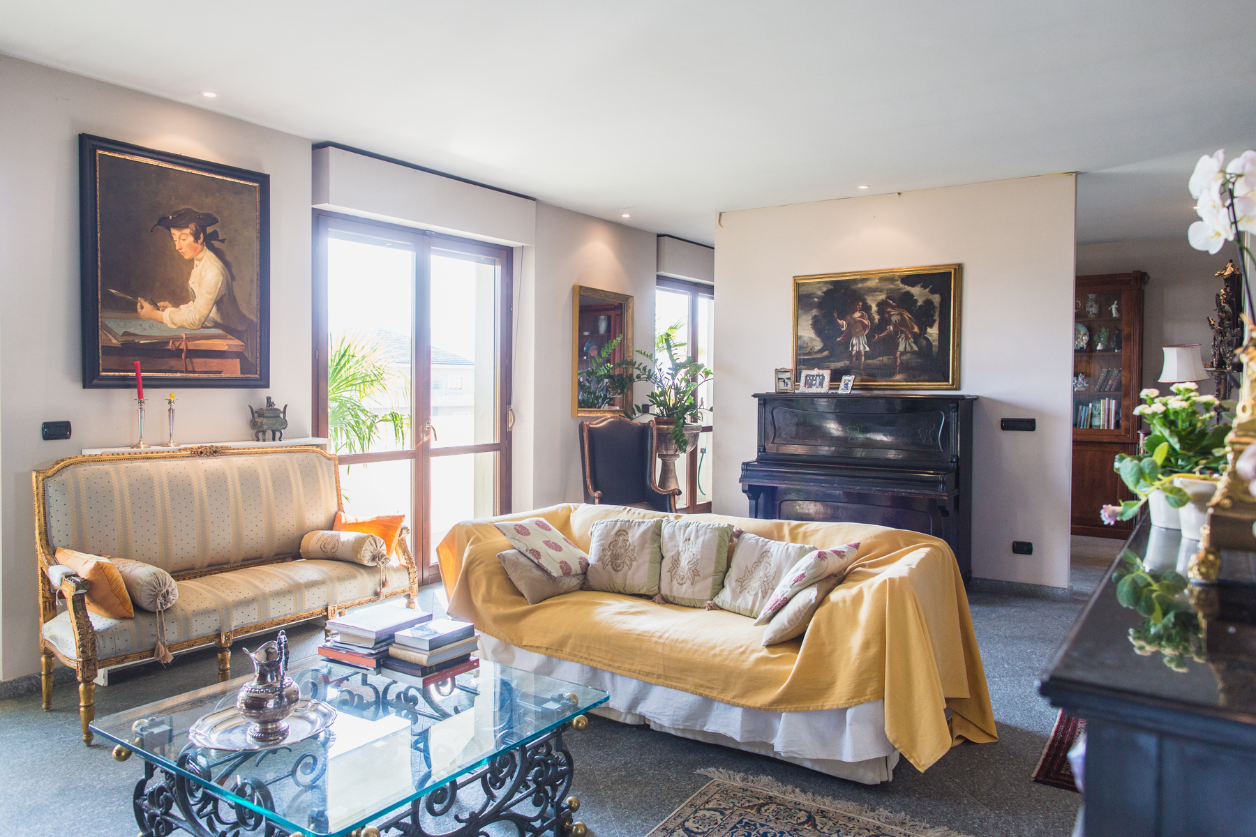 Additional photo for property listing at Panoramic attic overlooking the hill of Turin Piazza Nizza Turin, Turin 10126 Italia