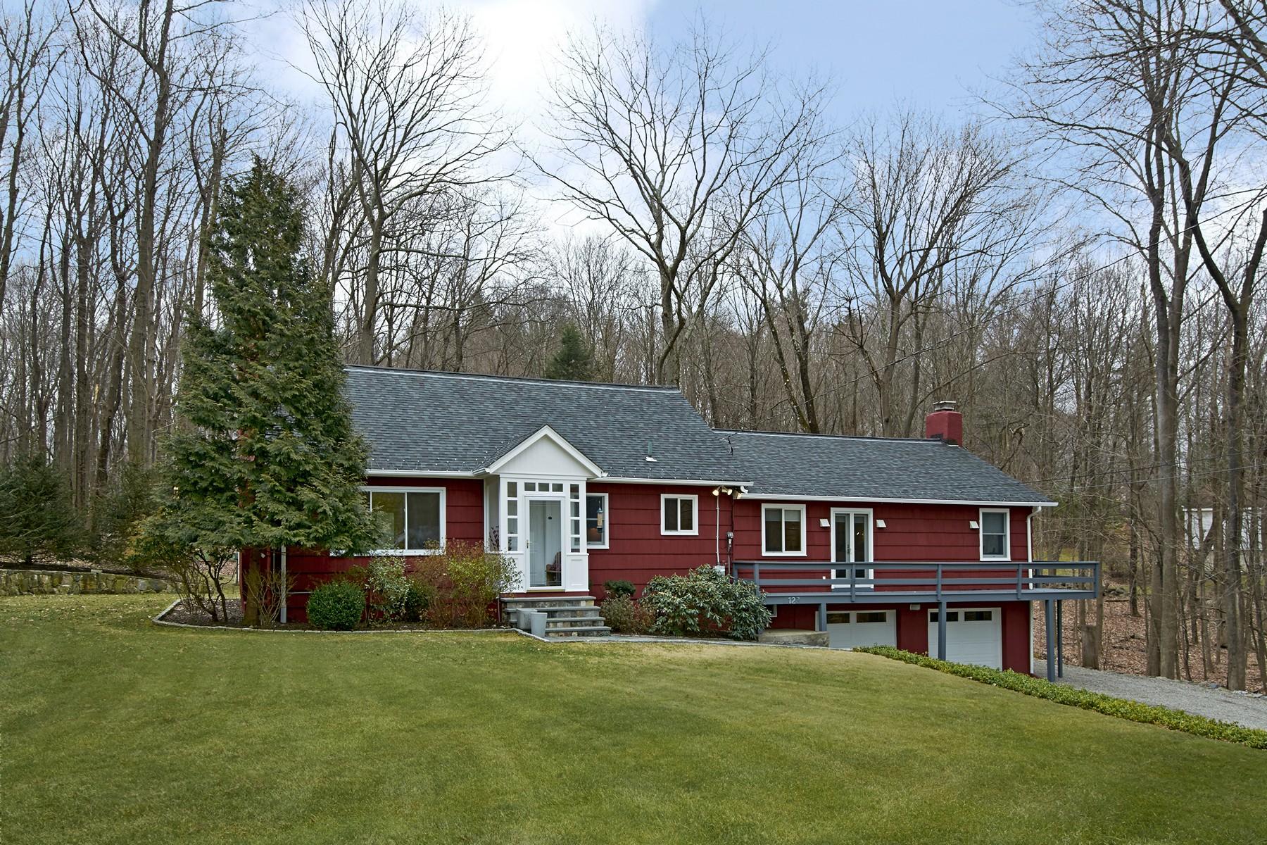 Einfamilienhaus für Verkauf beim Meticulous, Updated 127 Loder Rd Yorktown Heights, New York, 10598 Vereinigte Staaten
