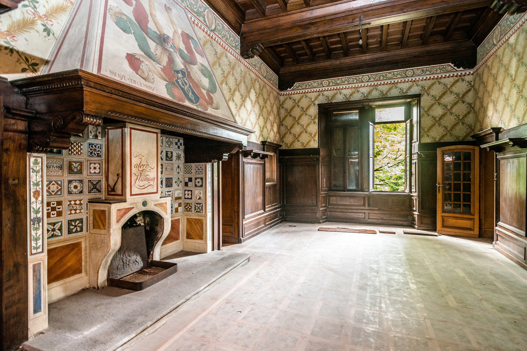 Additional photo for property listing at Superlative neo-medieval Villa Via Scalini Brunate, Como 22034 Italy