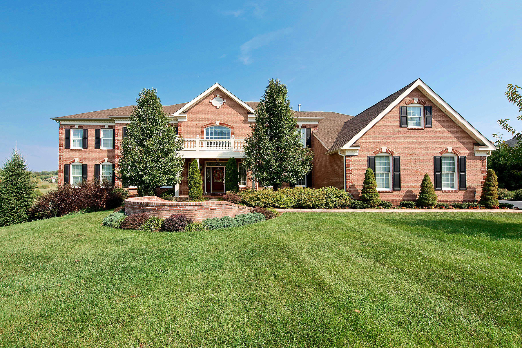Single Family Home for Sale at 17640 Braemar Place, Leesburg Leesburg, Virginia 20175 United States