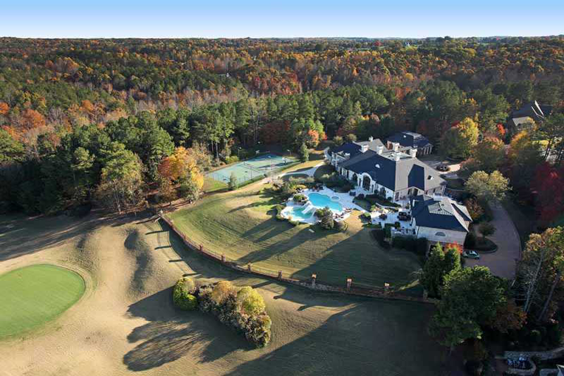 Maison unifamiliale pour l Vente à A Tuscan Masterpiece 811 Hawks Nest Court Ball Ground, Georgia 30107 États-Unis