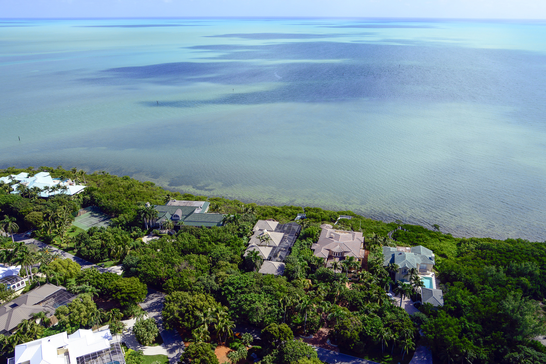 Maison unifamiliale pour l Vente à Ocean Front Home at Ocean Reef 6 Sunrise Cay Drive Ocean Reef Community, Key Largo, Florida, 33037 États-Unis