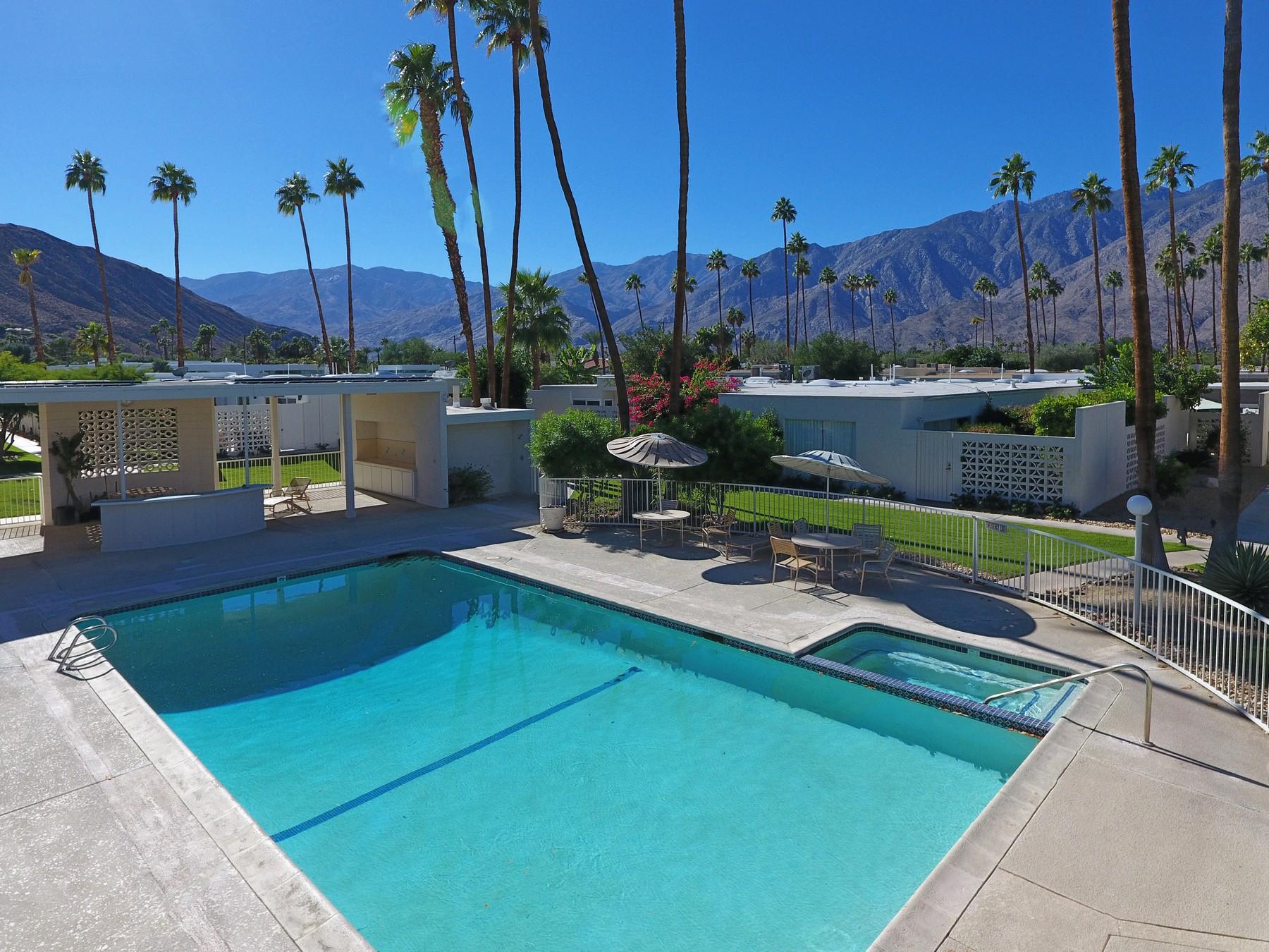 Кондоминиум для того Продажа на 1880 Sandcliff Road Palm Springs, Калифорния, 92264 Соединенные Штаты