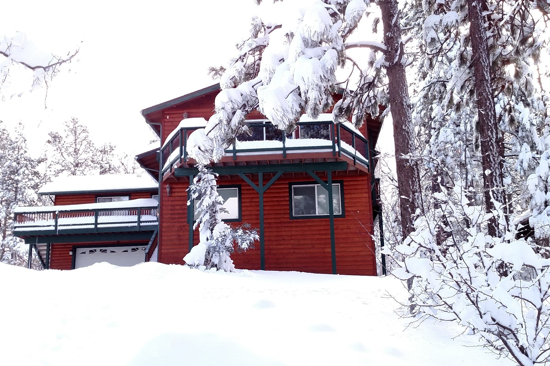 Single Family Home for Sale at 1100 Johnny Way Big Bear City, California 92314 United States