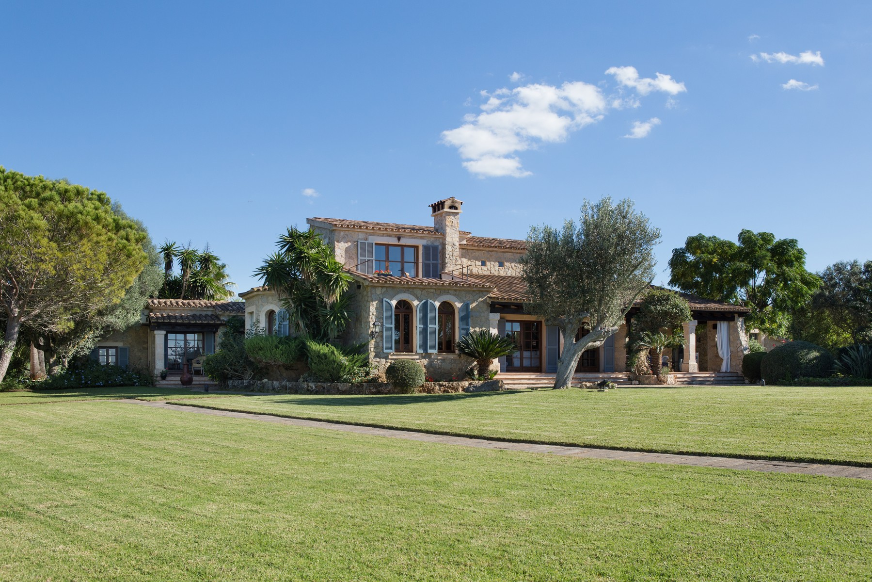 Maison unifamiliale pour l Vente à Majorcan country estate with stunning views Manacor, Majorque, 07529 Espagne