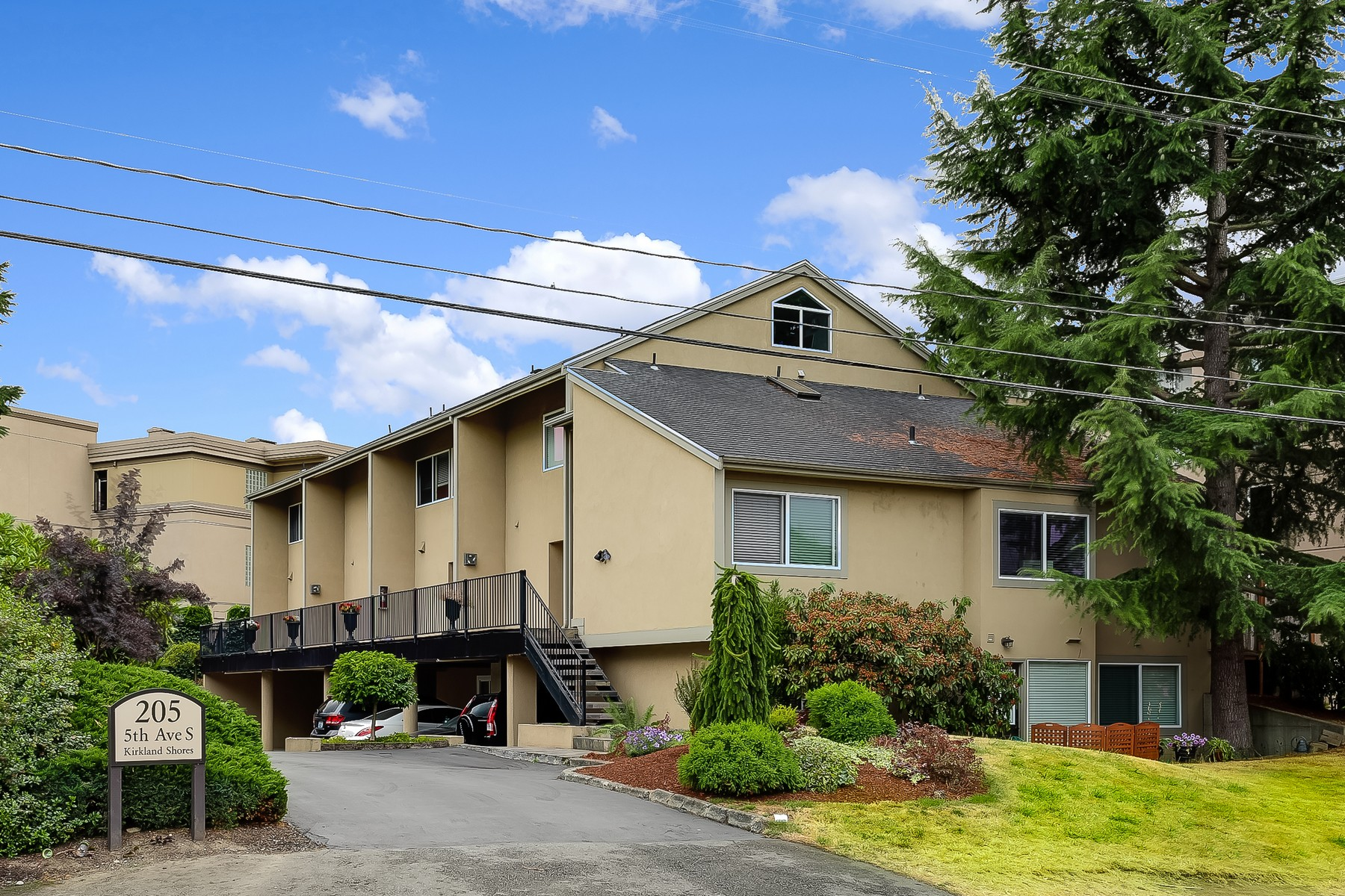 Property For Sale at 6 Unit Multi-Family in Downtown Kirkland