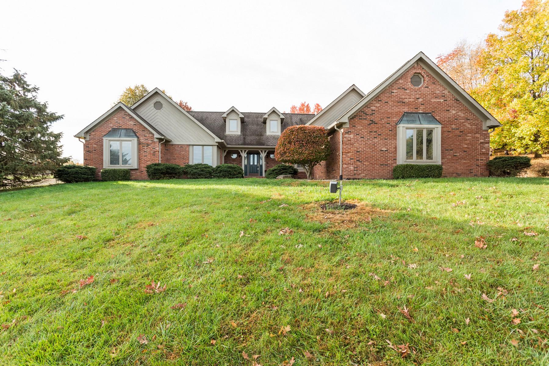 Einfamilienhaus für Verkauf beim Greenwood Estate 6555 W. Stones Crossing Rd Greenwood, Indiana, 46143 Vereinigte Staaten