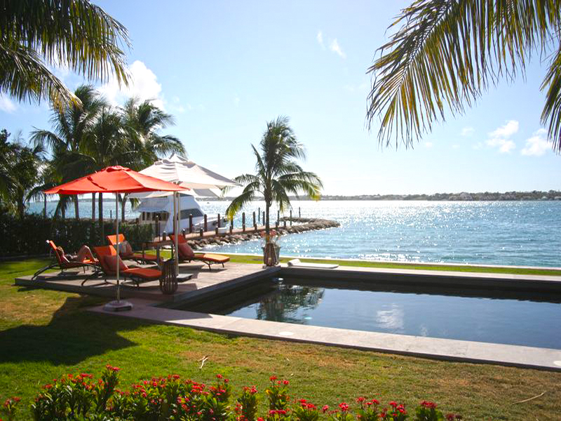 独户住宅 为 销售 在 Ocean Club Estates Villa Paradise Island, 新普罗维登斯/拿骚 0 巴哈马