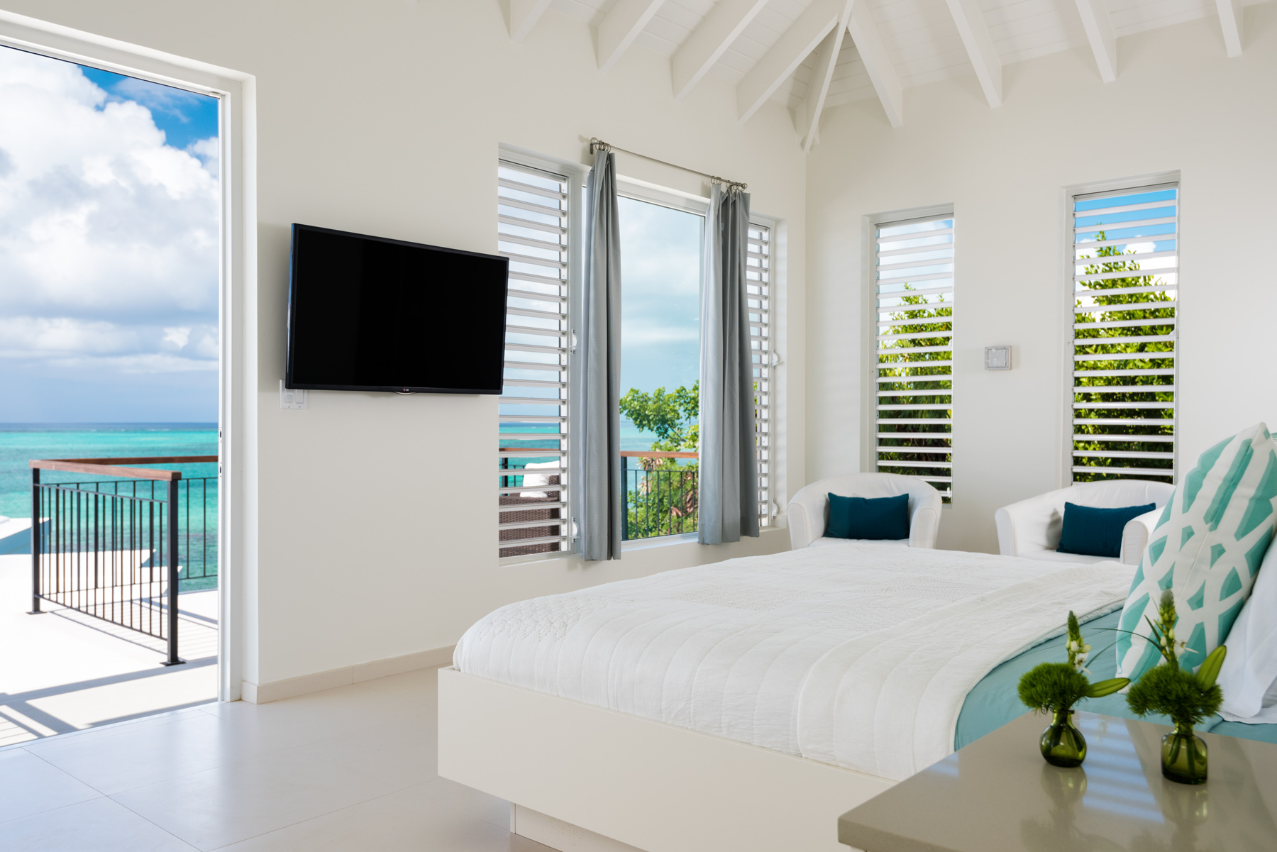 Additional photo for property listing at Villa Lua Beachfront Blue Mountain, Providenciales TC Turks And Caicos Islands