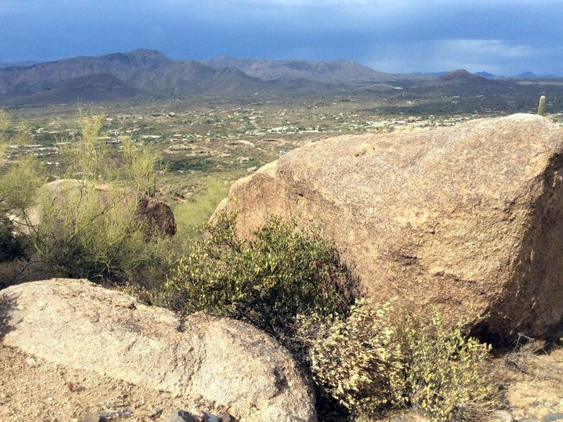 Terreno por un Venta en 4.91 Acres in the Premier Subdivision in Carefree and Cave Creek Lot 1 Hawksnest Drive #1 Cave Creek, Arizona 85331 Estados Unidos