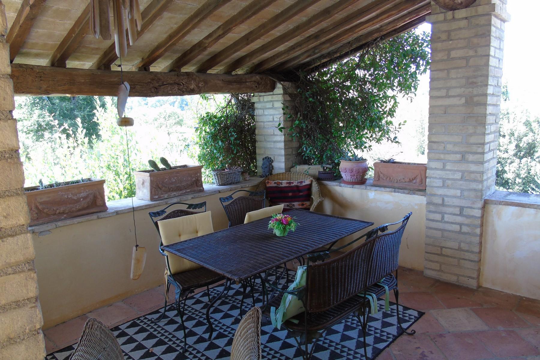 Additional photo for property listing at Lovely farmhouse with panaromic views of Assisi Via dei Colli Bettona Perugia, Perugia 06084 Italien