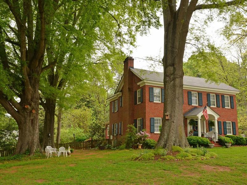 Single Family Home for Sale at Beautiful Brick 120 Battle Avenue Warrenton, North Carolina 27589 United StatesIn/Around: Raleigh