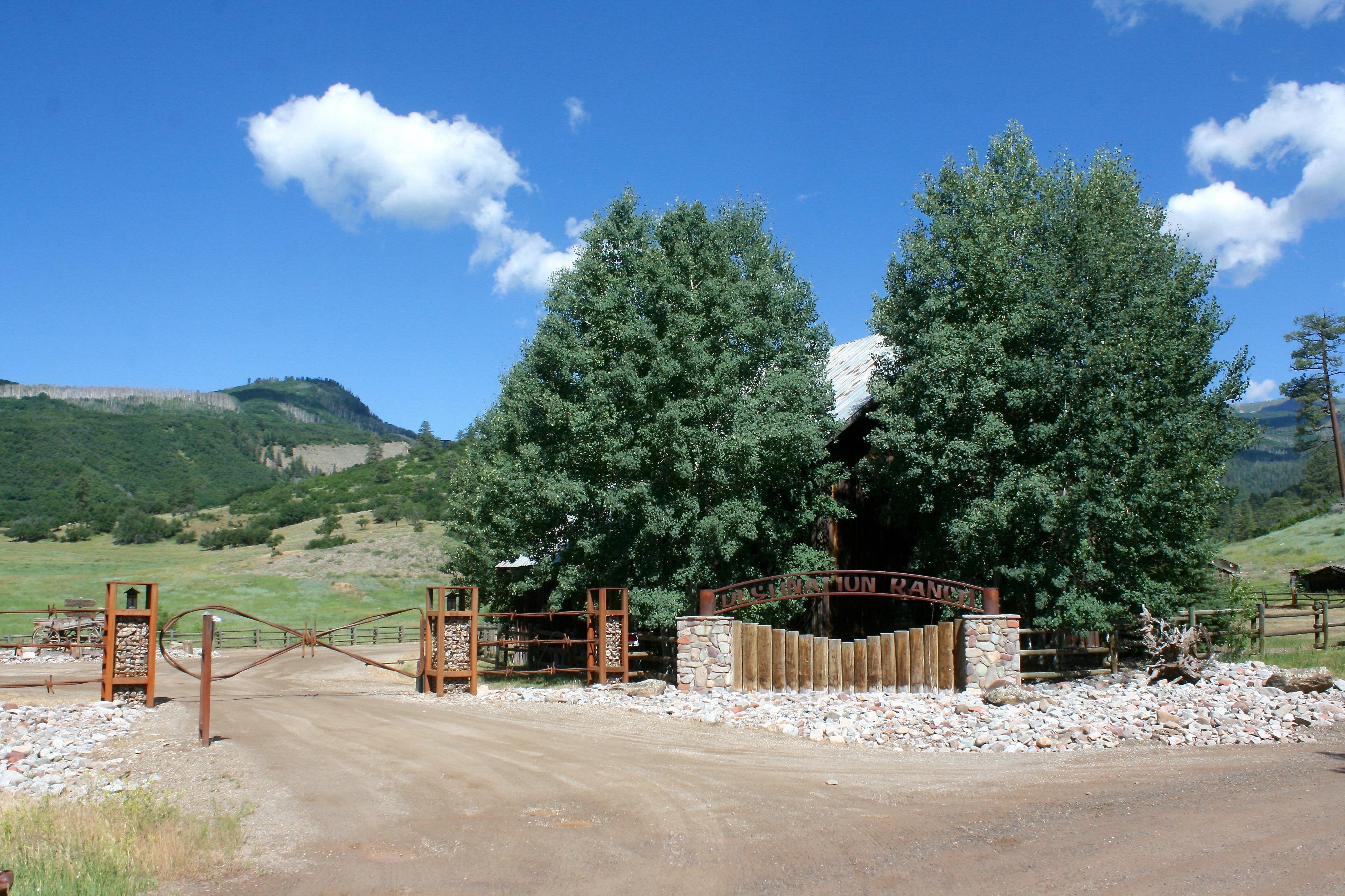 土地 为 销售 在 City Slickers Ranch 4385 CR 207 杜兰戈, 科罗拉多州, 81301 美国