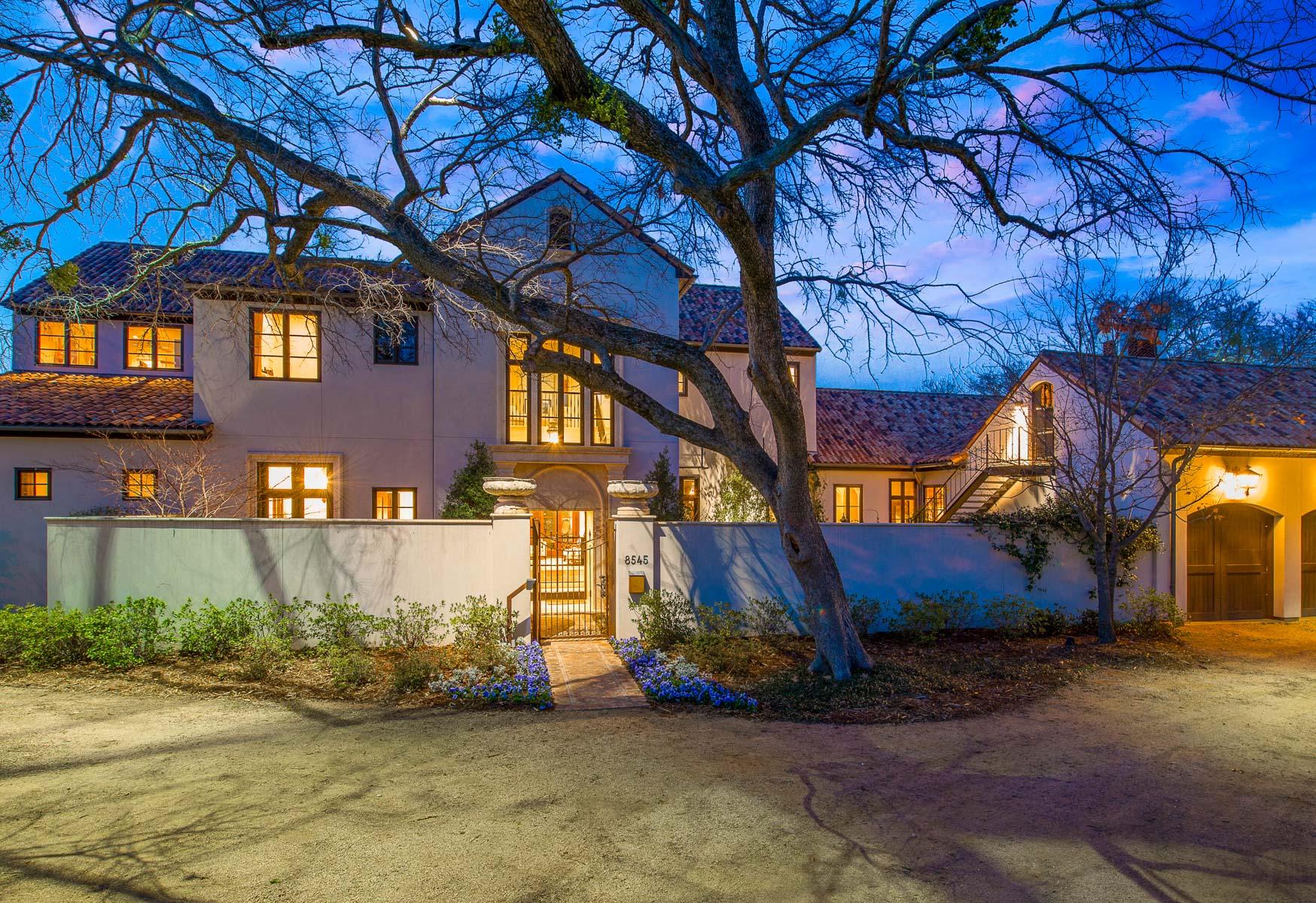 独户住宅 为 销售 在 Stunning Bluffview Estate 8545 Midway Road Dallas, 得克萨斯州 75209 美国