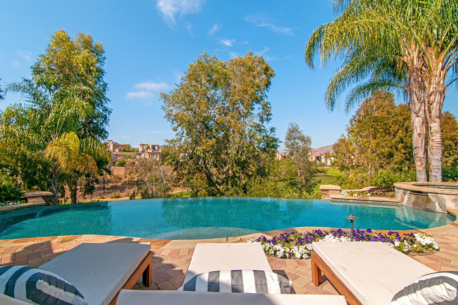 Additional photo for property listing at 7758 - 7760 Road To Zanzibar  Rancho Santa Fe, Californie 92127 États-Unis
