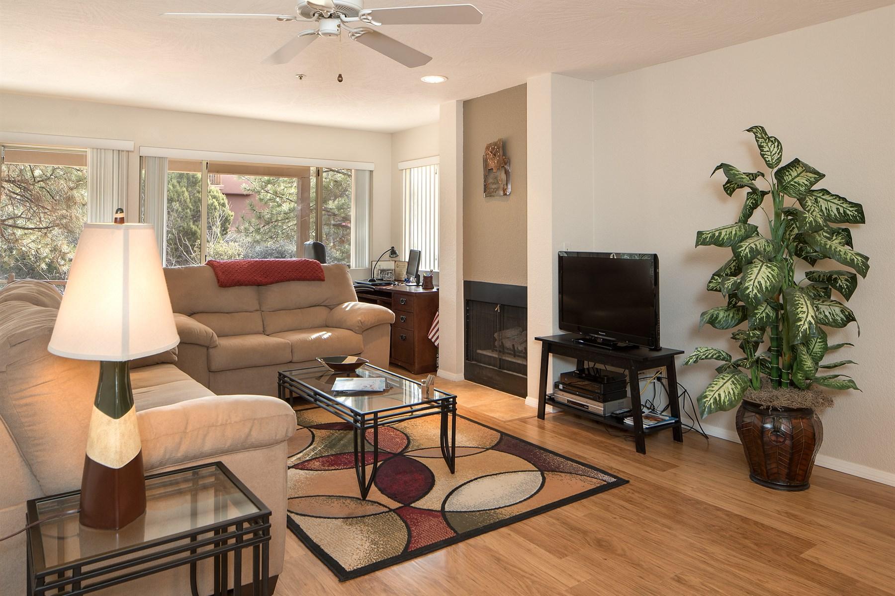 Einfamilienhaus für Verkauf beim perfect lock-and-leave condo 32 Tanager Lane Sedona, Arizona 86336 Vereinigte Staaten