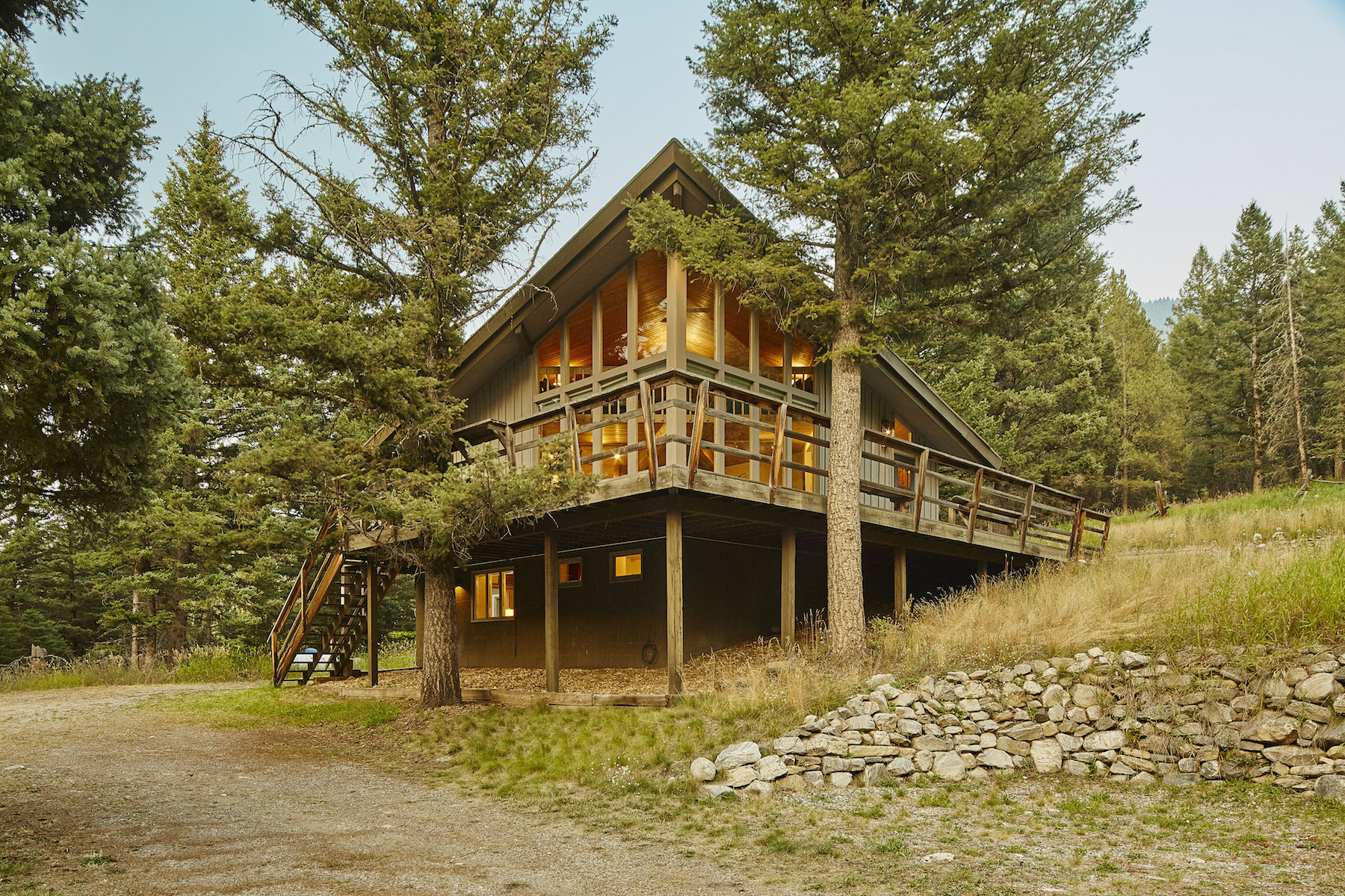 Single Family Home for Sale at Charming Private Home 49850 Gallatin Canyon Big Sky, Montana 59716 United States