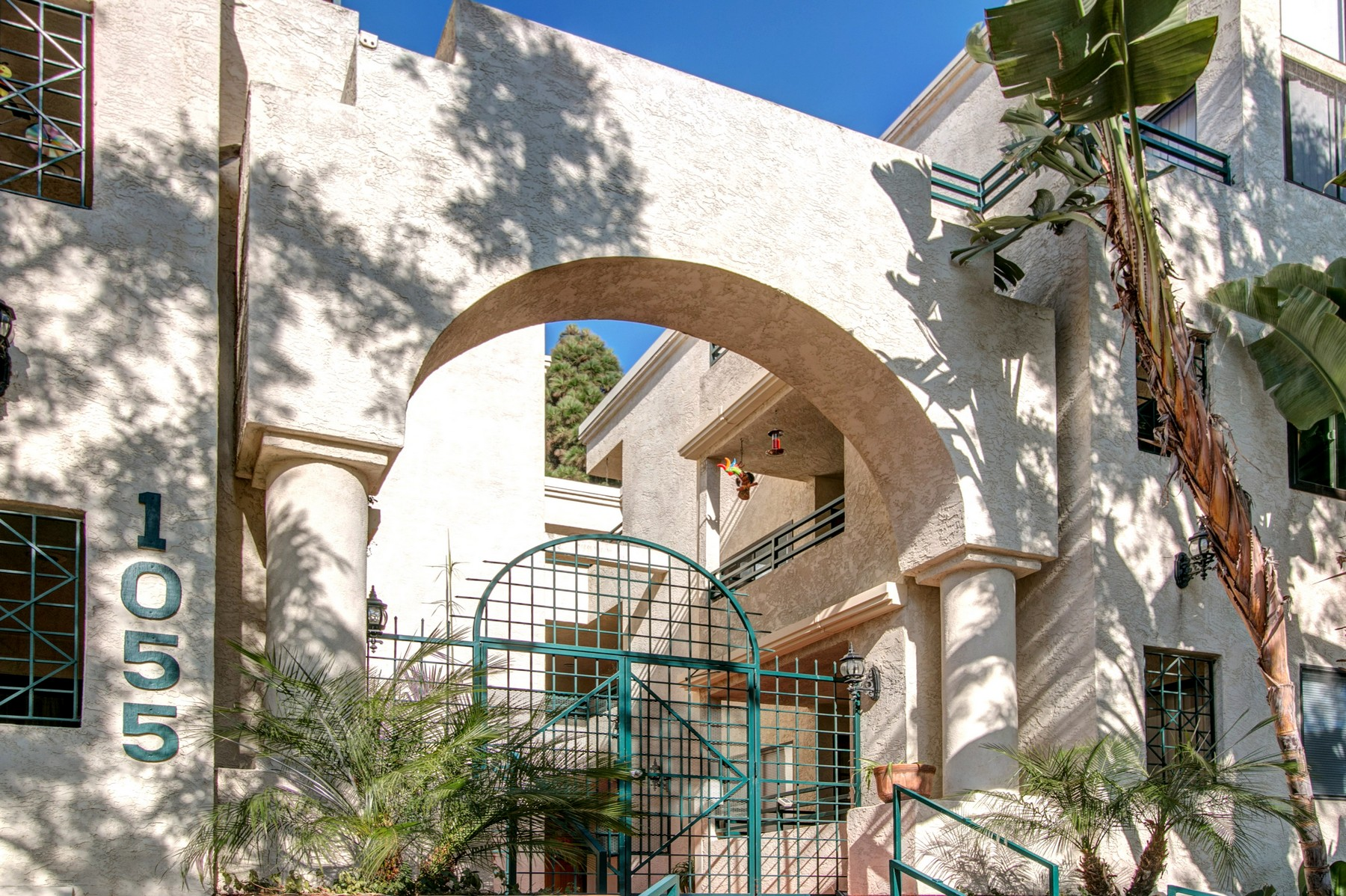 Appartement en copropriété pour l Vente à 1055 Donahue Street, Suite 7 San Diego, Californie 92110 États-Unis