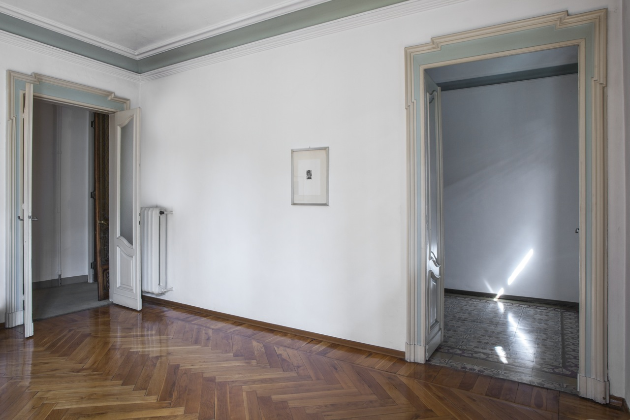 Additional photo for property listing at Exquisite apartment Art Nouveau style Via Duchessa Jolanda Torino, Turin 10138 Italien