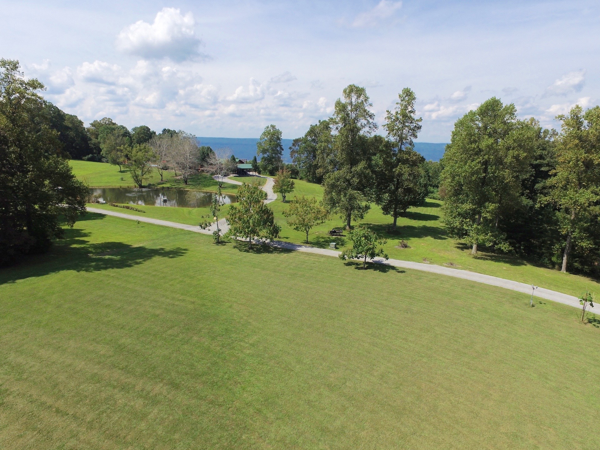 Additional photo for property listing at Little Feather Ranch 1125 Rigsby Gap Road Pikeville, Tennessee 37367 United States