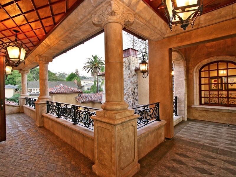 Property Of Camino de la Costa
