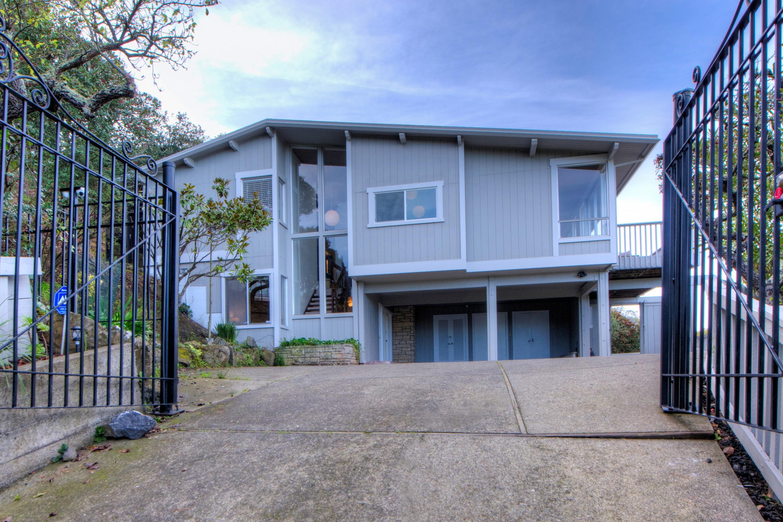 Einfamilienhaus für Verkauf beim 101 Toyon Lane Sausalito, Kalifornien 94965 Vereinigte Staaten