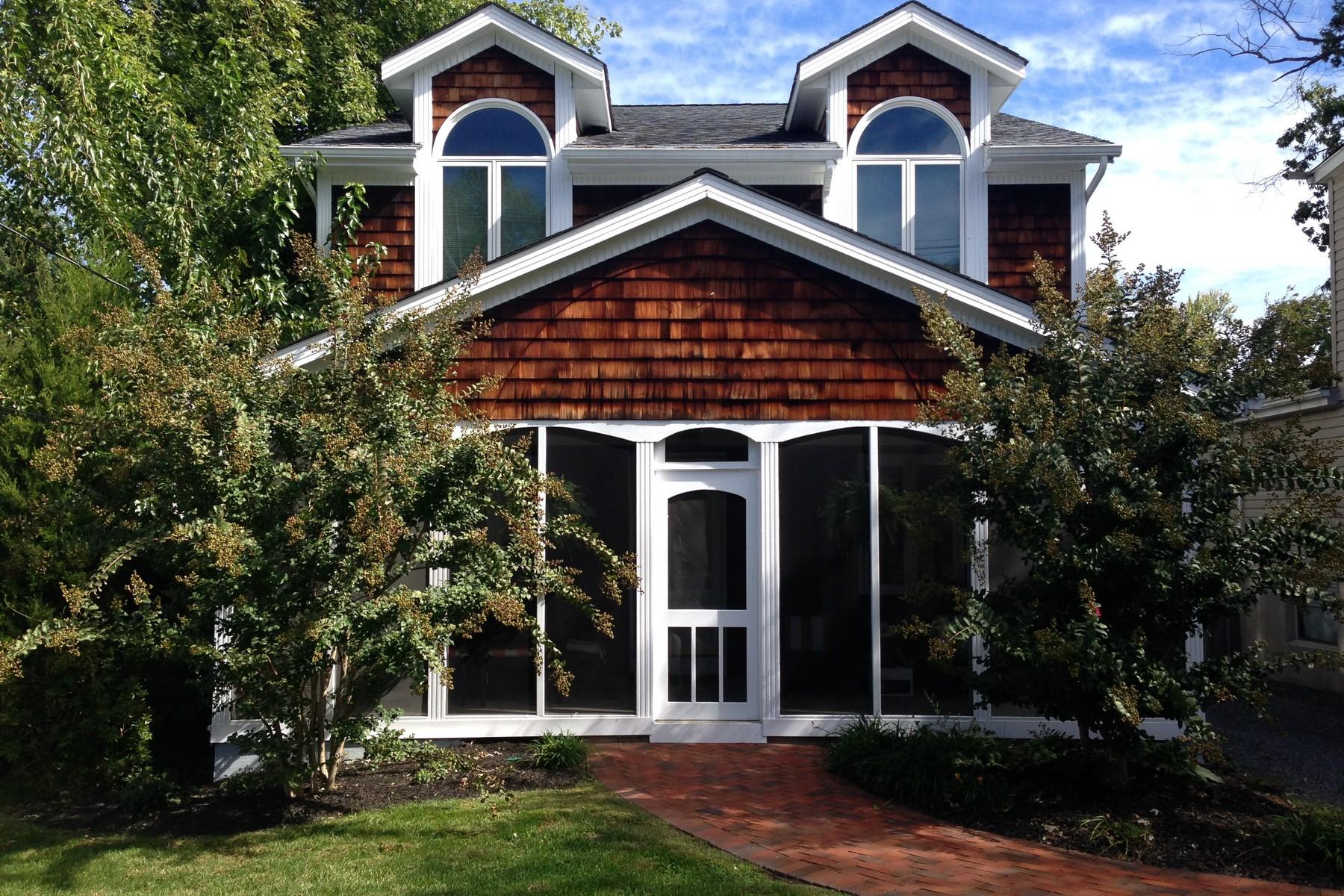 Single Family Home for Sale at 20 DeNormandie Avenue 20 De Normandie Avenue Fair Haven, New Jersey 07704 United States