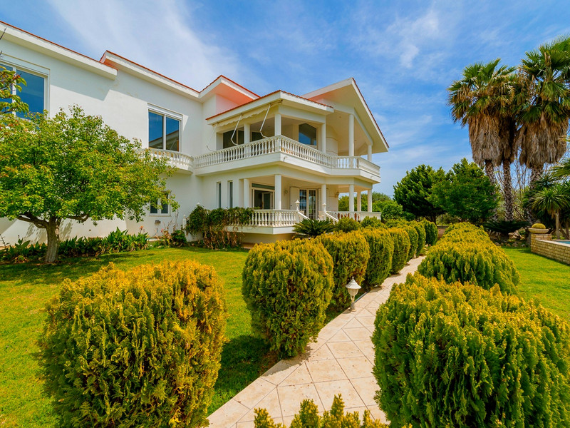 Single Family Home for Sale at Colonial Elegance Haraki, Rhodes, Dodecanese, Aegean Rhodes, Southern Aegean 85100 Greece