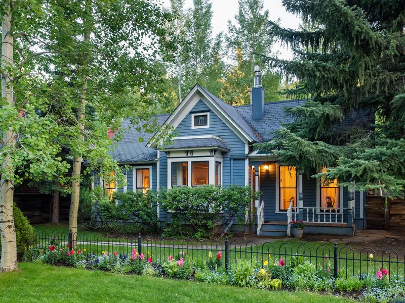 Einfamilienhaus für Verkauf beim Victorian Dream 533 W. Hallam Street West End, Aspen, Colorado 81611 Vereinigte Staaten