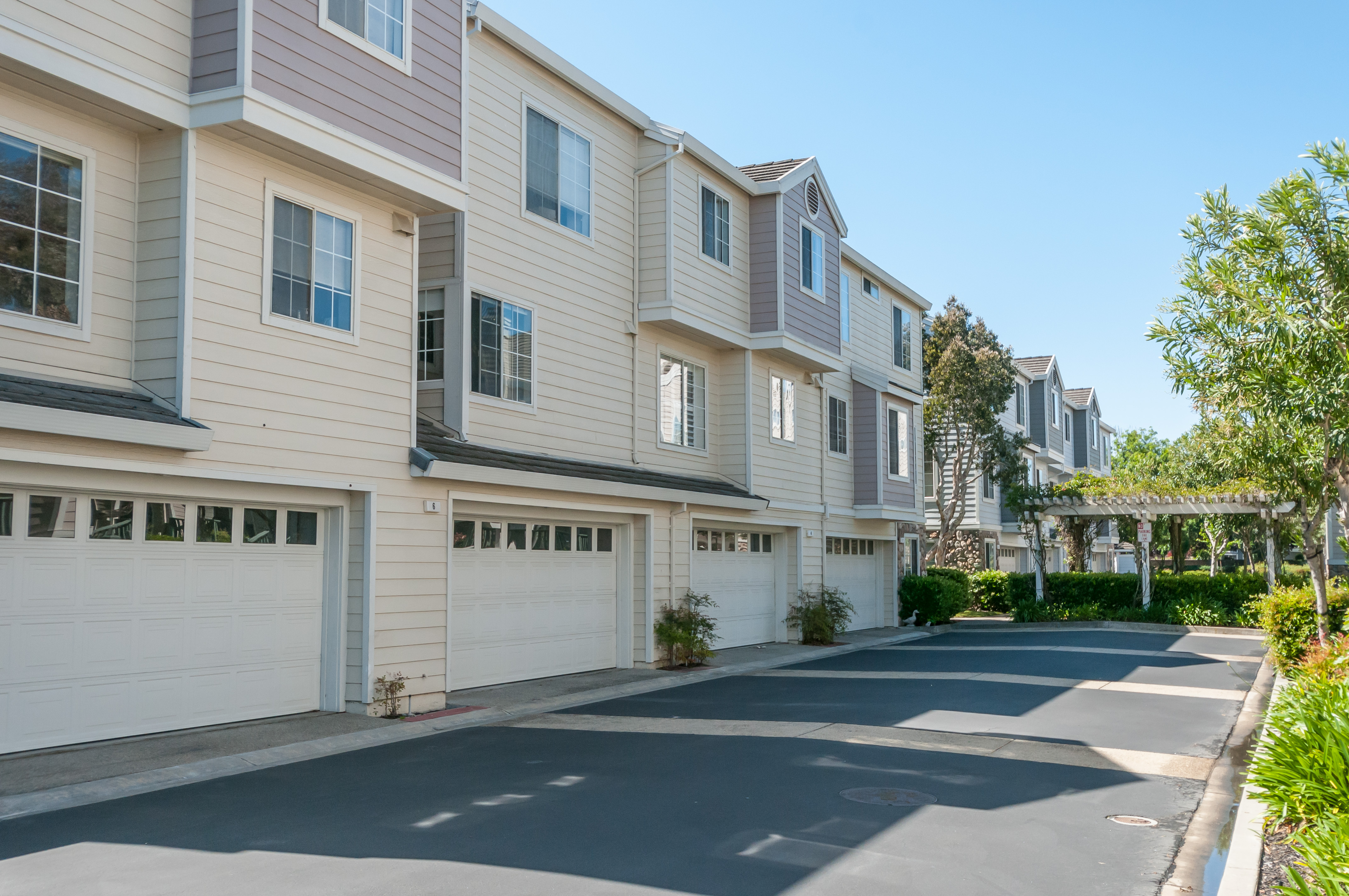 sales property at 4 Bosun Lane, Redwood Shores